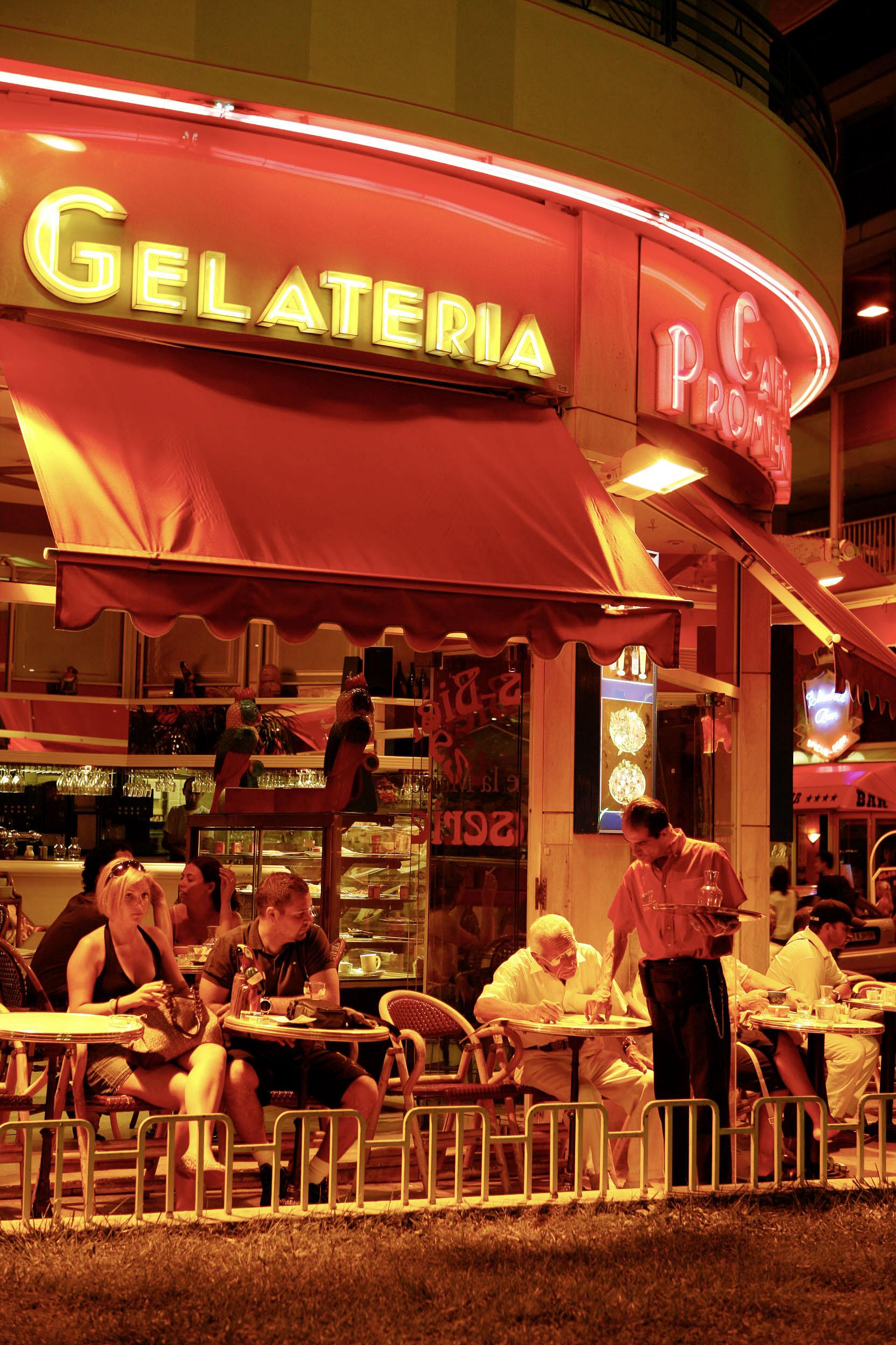 France, Cote d´Azur, Nice, Cafe Promenade at the Promenade des Anglais  ©  Reiner Riedler / Anzenberger