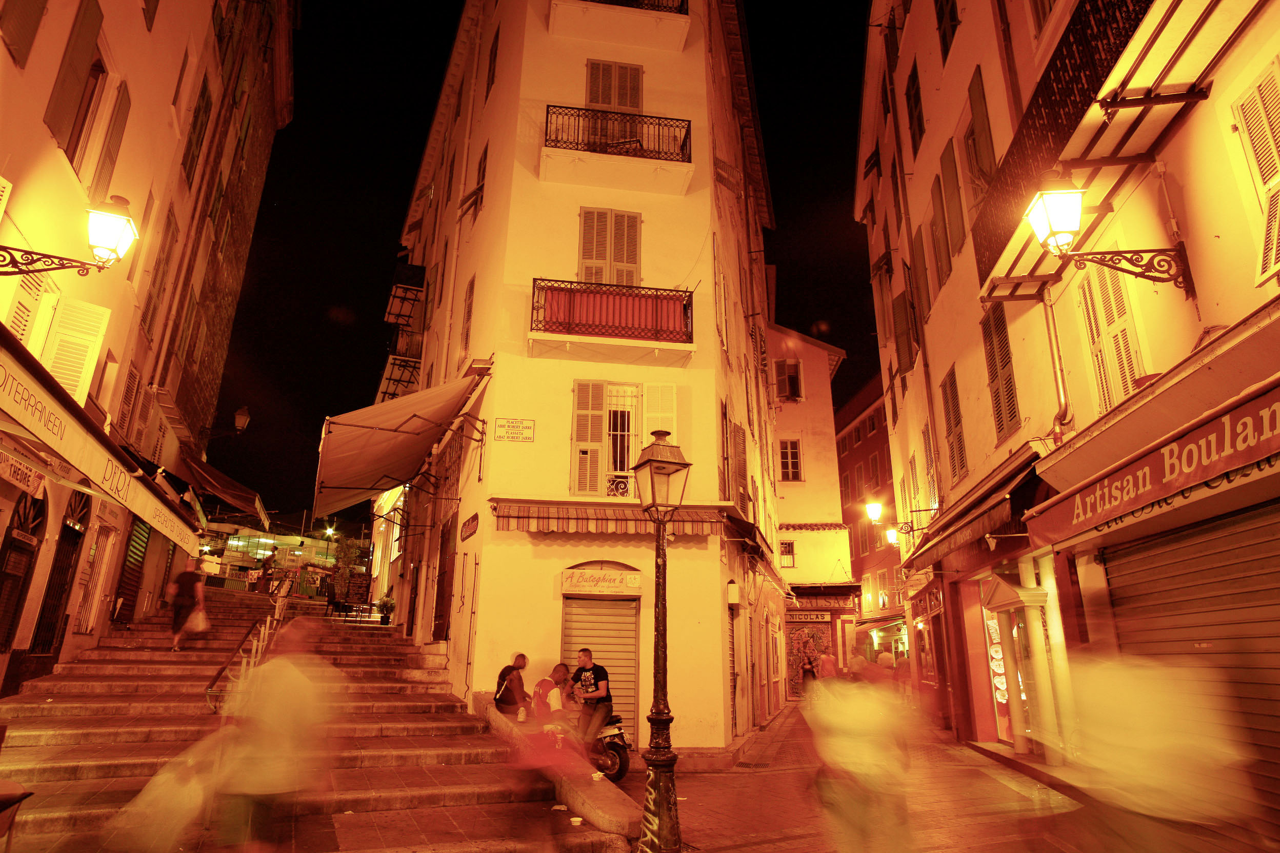 France, Cote d´Azur, Nice, Nightscene at the Placette Abbe Robert Jarre  ©  Reiner Riedler