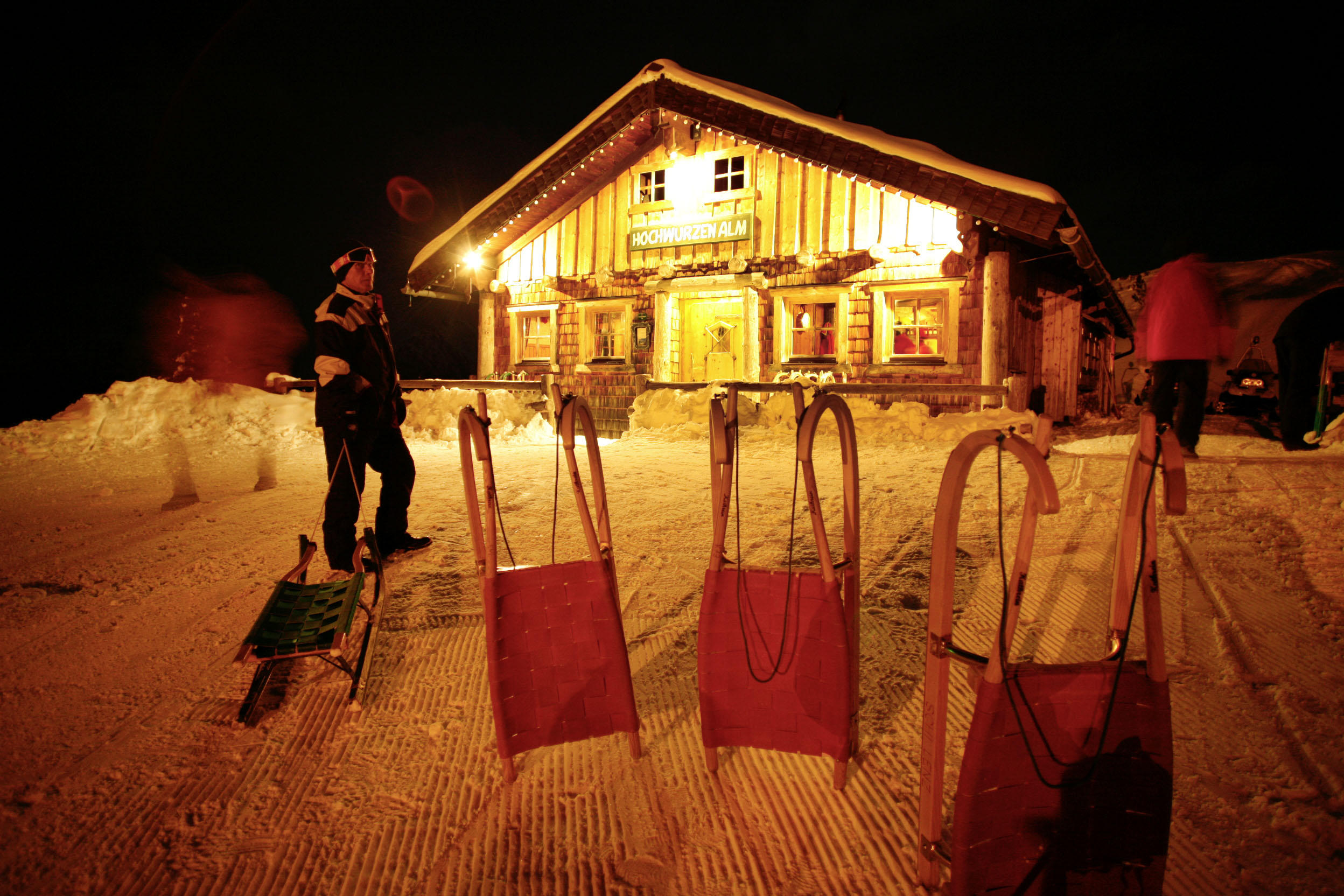 Österreich; Schladming; Nacht Rodeln auf dem Hochhwurzen, Hochwurzen Alm  ©  Reiner Riedler