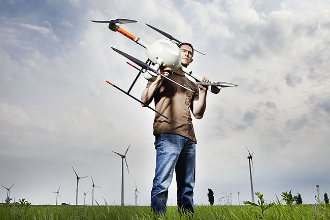 AUSTRIA / Burgenland/  Carnuntum; Gladiator School;  Geert Verhoeven with the md4-1000 microdrones quadcopter in Carnuntum  © Reiner Riedler/ Anzenberger