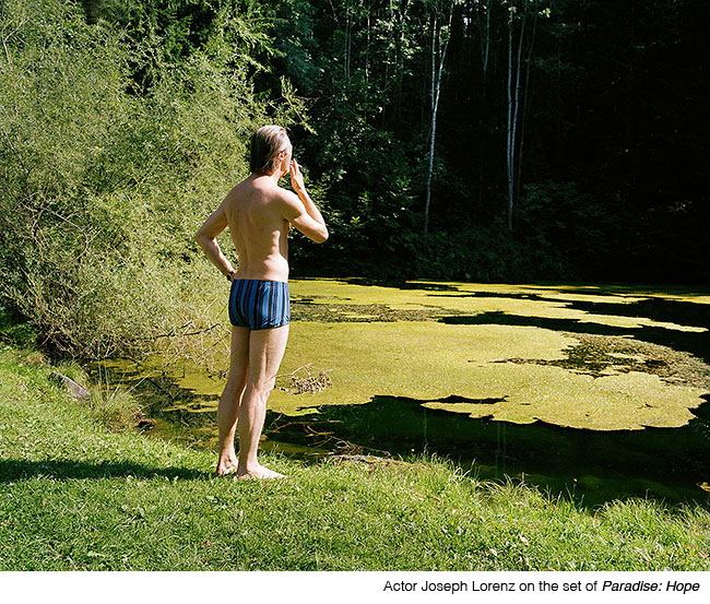 "Photodokumentation of the Movie ""Paradies"" bei Ulrich Seidl"