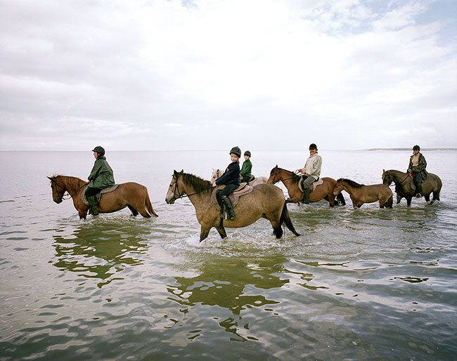Estonia, the Islands: Muhu,riding excursion in Hellamaa  ©  Reiner Riedler / Anzenberger