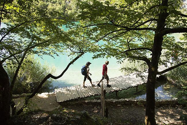 Kroatien; Tesla; im Nationalpark Plitvicer Seen